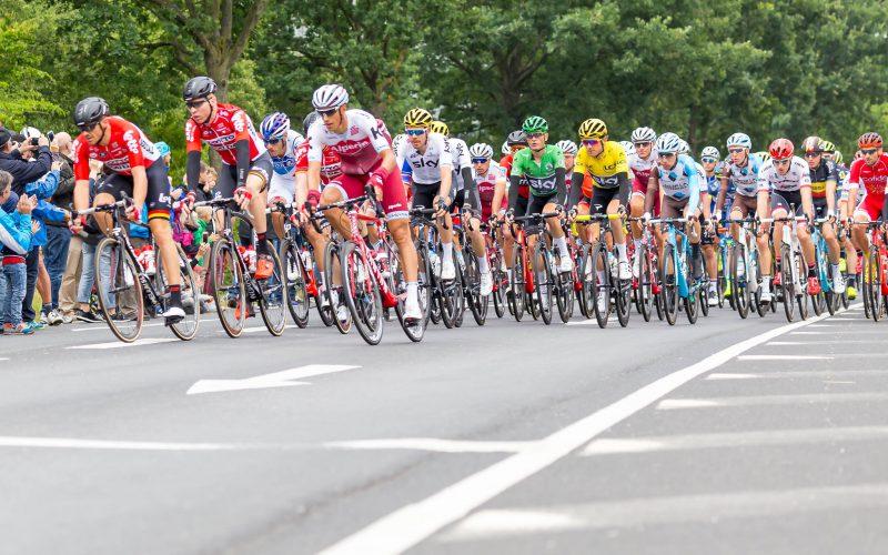 Peloton de cyclistes-Tour de France 2017