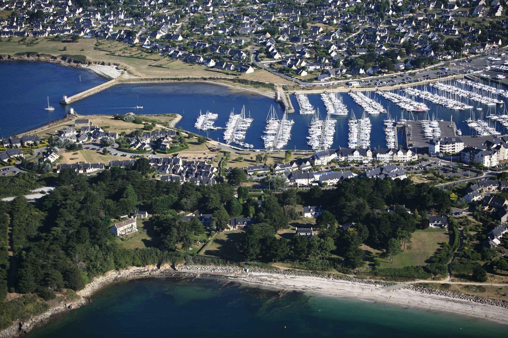 Port du Crouesty et plage du Fogeo à Arzon