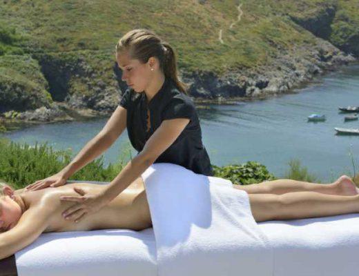 Castel-Clara-Massage-Extérieur-823x480