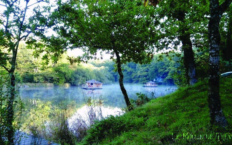 Hébergement insolite : les cabanes du moulin de Trévelo à Caden © Les chouettes Dames