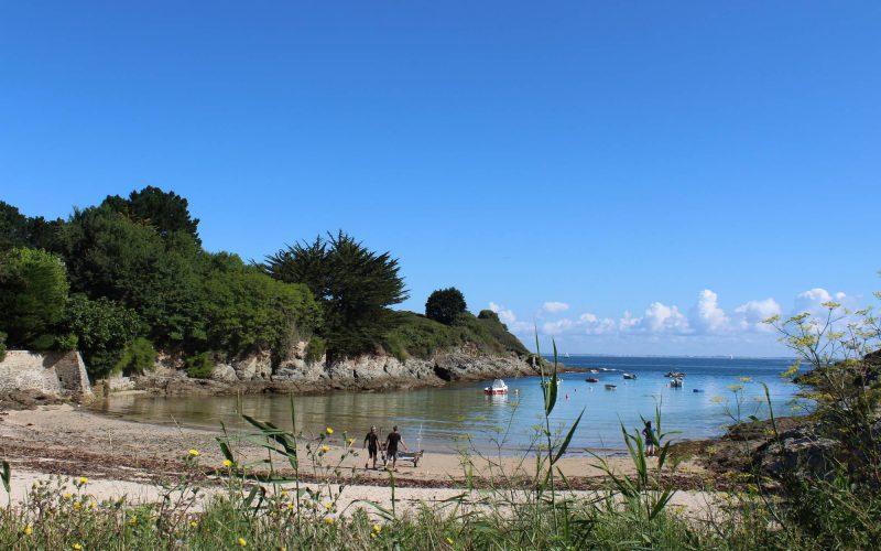 La plage de Port Fouquet, une large crique abritée et ensoleillée © CPIE Belle-Ile