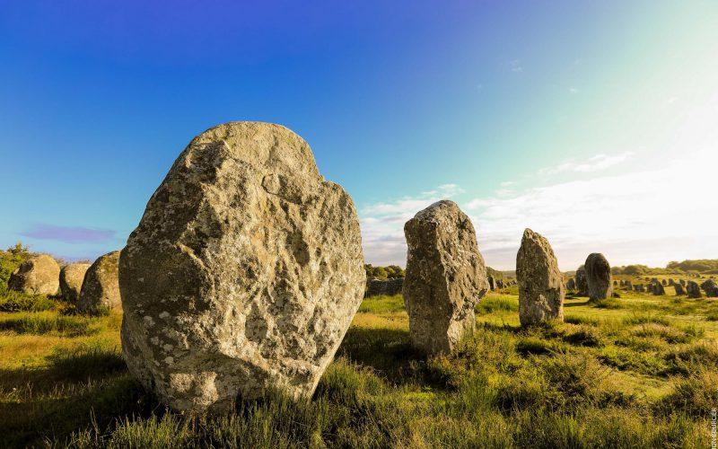 Les alignements de menhirs à Carnac-Morbihan Bretagne Sud