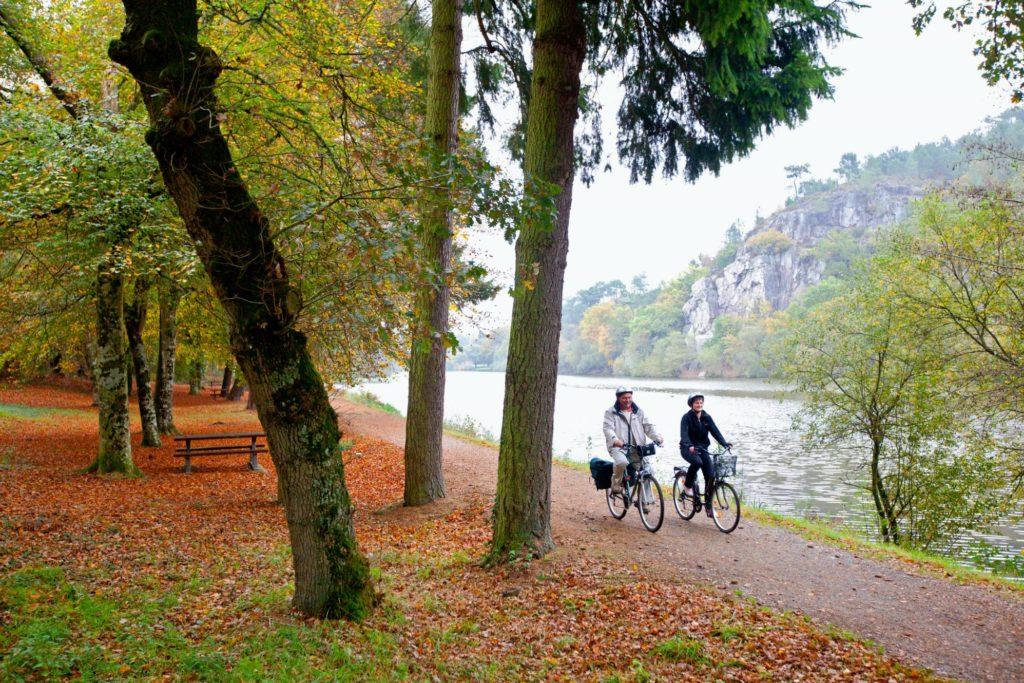 Chemin de hallage en vélo © P. Torset